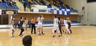 Aradul urcă pe locul 2 în Liga Naţională după victoria clară de la Braşov!
